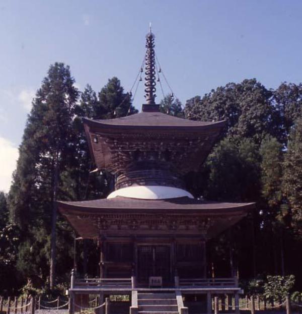 邇々杵神社多宝塔 image